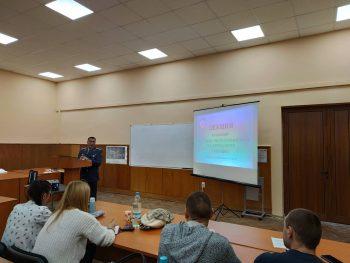 Гост-лектор от Съвместното командване на специалните операции на Българската армия.